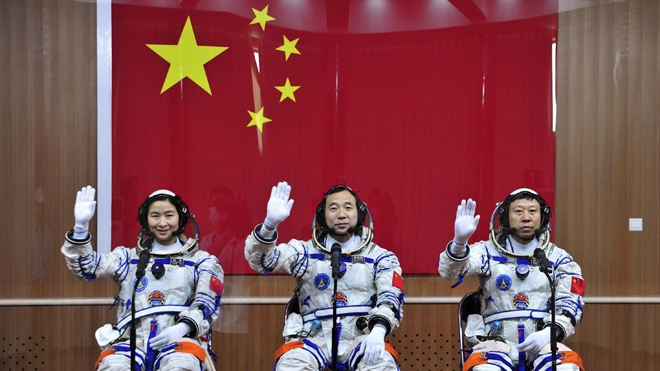 astronauts in space china - photo #23