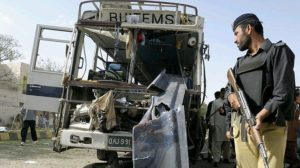 pakistan suicide bus bombing